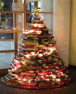 Kitaptan Noel ağacı
