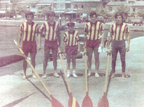 14b-1970 Geçilmez Armada soldan Ahmet Şenkal-Mehmet Ayata-Dm. Hüseyin Özer-Celal Gürsoy-Erdinç Karaer Kartalda yarıştan önce.