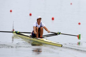 (080816) -- BEIJING, Aug. 16, 2008 (Xinhua) -- Rumyana Neykova of Bulgaria competes during Women's Single Sculls Final A of Beijing 2008 Olympic Games rowing event at Shunyi Rowing-Canoeing Park in Beijing, China, Aug. 16, 2008. Rumyana Neykova won the gold medal of the event. (Xinhua/Wang Lei) (wh)