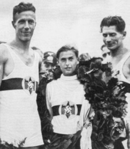 18-1936 2+ Alman