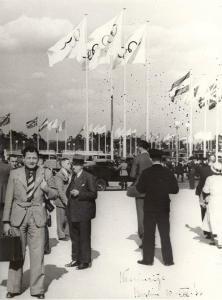 18-1936 Nevin Hassan Berlin Olimpiyatları girişinde