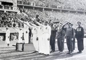 8-1936 Hitler selamı