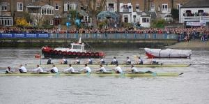 Oxford and Cambridge Boat Race, Putney Bridge