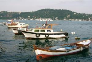 13-Arnavutköylü balıkçı motorları