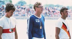 8-1976 1x madalya