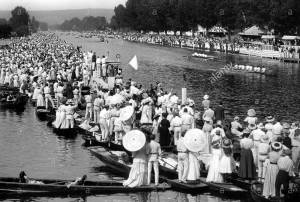 london-1908-olympics-rowing-event-on-the-thames-at-henley-BXPYT5