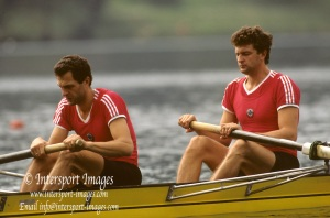 Bled, Slovenia, YUGOSLAVIA. RUS M2-. Bow Nikolai PIMENOV and Yurij PIMENOV. 1989 World Rowing Championships, Lake Bled. [Mandatory Credit. Peter Spurrier/Intersport Images]