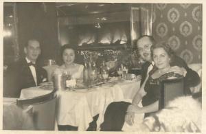 114-1958-yilbasi-balosu